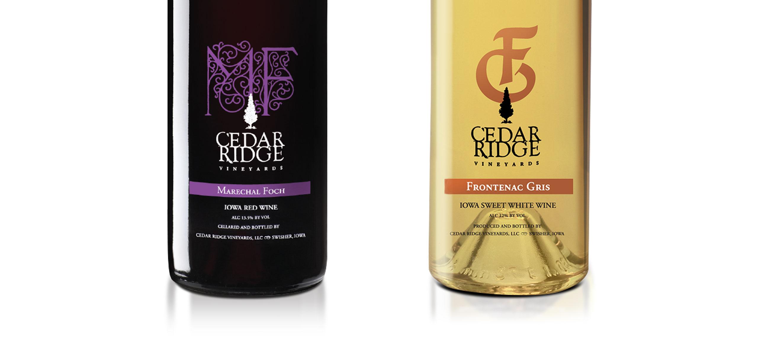Cedar Ridge wine labels on bottles